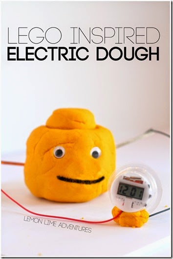 LEGO electricity science experiment - This is such a FUN idea that looks easy to try. Great for a science project, summer learning, science camp, or homeschool kids from Preschool, Kindergarten, and 1st-7th grade.