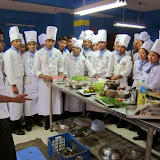 Training, Practicals & Exams - Food%2BProduction%2Bclass%2Bby%2Bexpert.JPG
