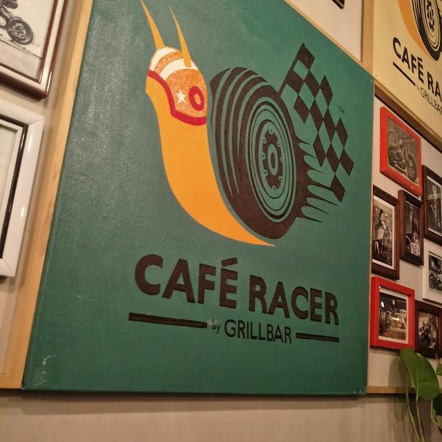 MAKAN DI CAFE RACER