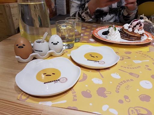 Gudetama Tablewares from Gudetama Chef at Zhongxiao Dunhua Taipei