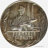 206b Medaille für treue Dienste in den Kampfgruppen in Silber für 15 Dienstjahre  www.ddrmedailles.nl