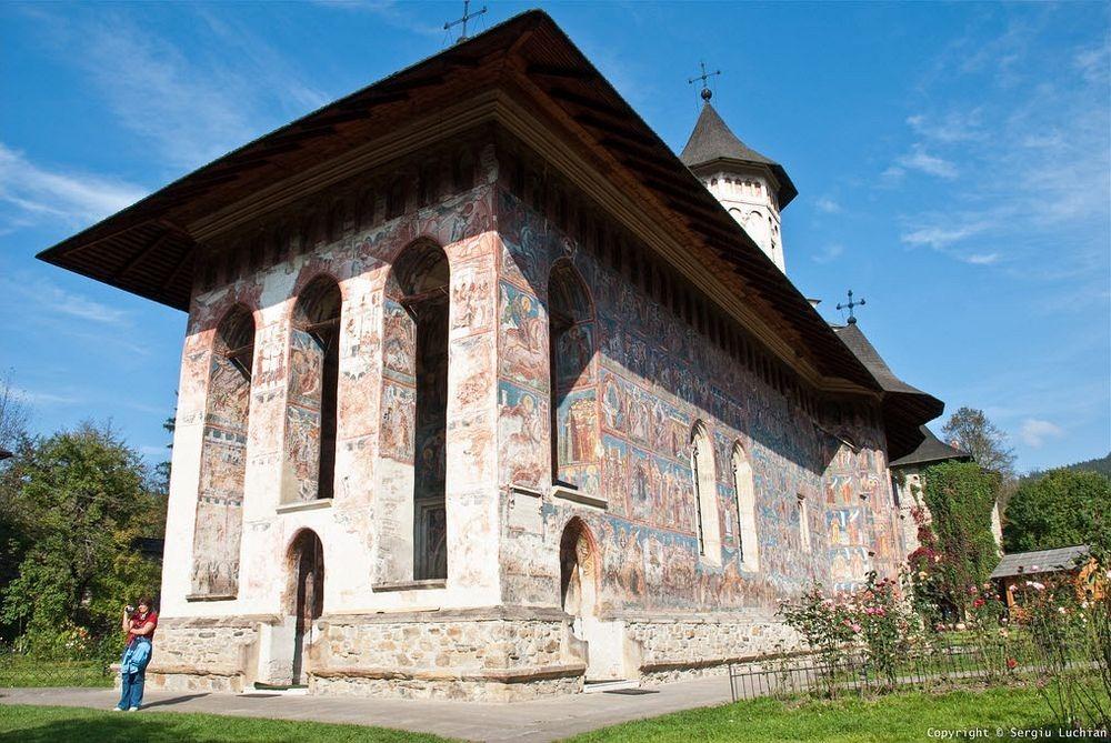 moldovita-monastery-1