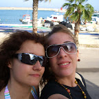Lydi_y_Tina_en_el_puerto.jpg
