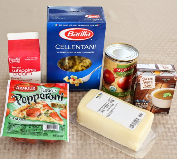 photo of the ingredients needed for pizza pasta