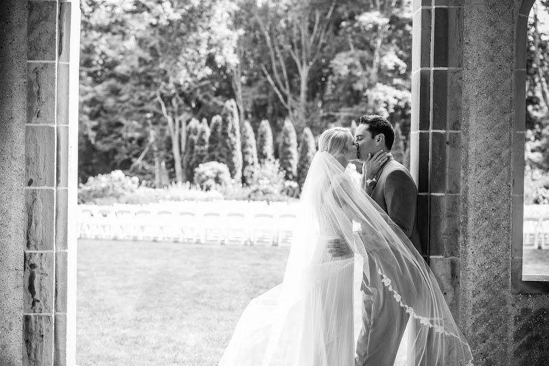 Caitlin and Chris - Blueflash Photography 155.jpg