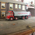 An excellent model of a Foden S21 8 wheel tipper done in David's own ficticious livery, using an RTI (FOD5) cab.