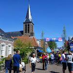 079-We wandelen door de Feestvreugde van Heeg.