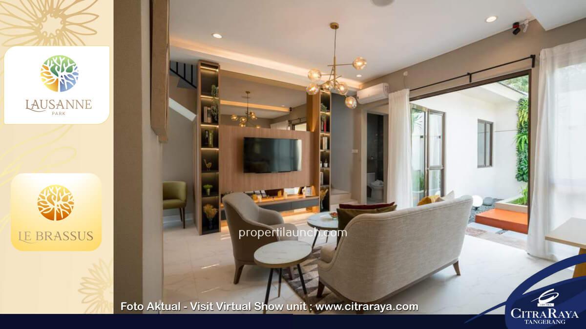 Living Room - Show Rumah Calatrava Lausanne Park Citra Raya