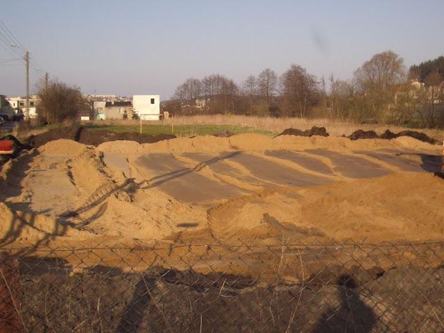 Budowa placu zabaw ul. Wieluńska - IMGP2407.JPG