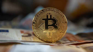 bitcoin-semergence-as-digital-gold-could-profit-price-$146000-