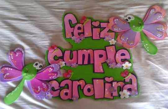 Leteros con mensajes de bienvenida para fiesta infantil