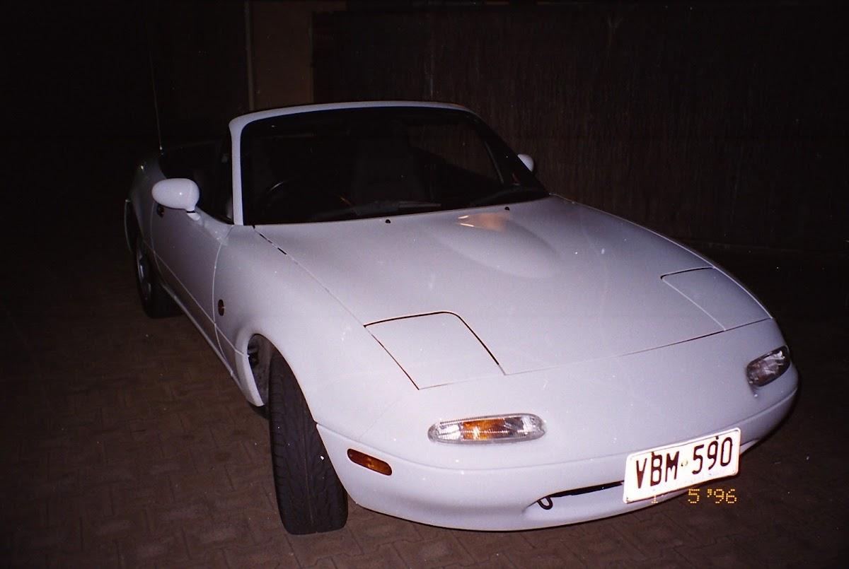 0310Mazda MX-5 1990.jpg
