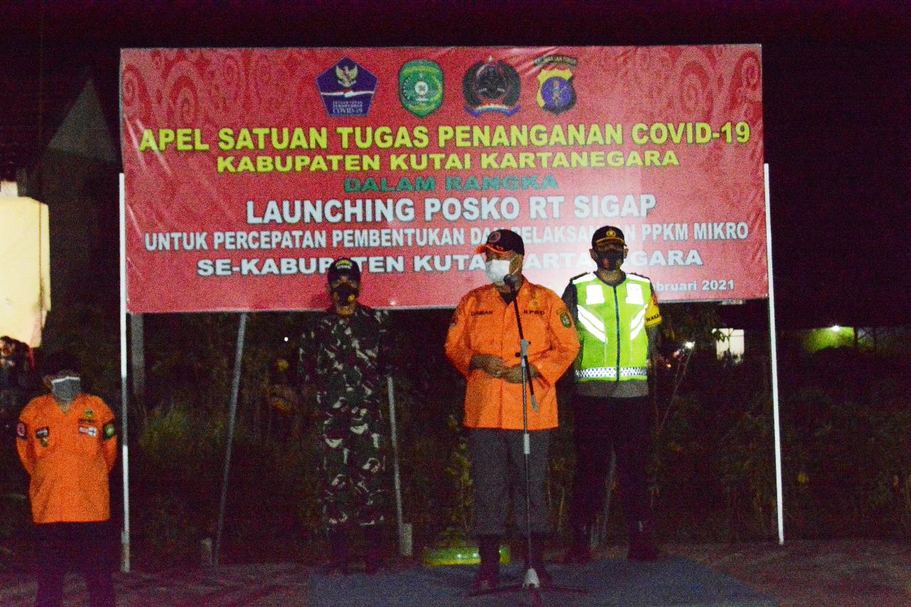 Kasdim Tenggarong dampingi Bupati Kukar Launching Posko RT. SIGAP
