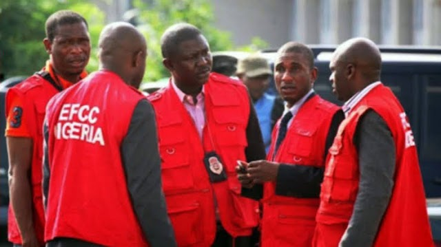 Group condemns EFCC invasion of Ibadan club house, calls for caution