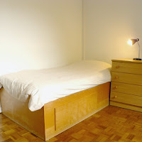 Room 11-bed