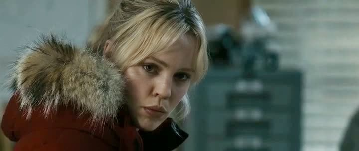 Screen Shot Of Hollywood Movie 30 Days of Night (2007) In Hindi English Full Movie Free Download And Watch Online at Alldownloads4u.Com