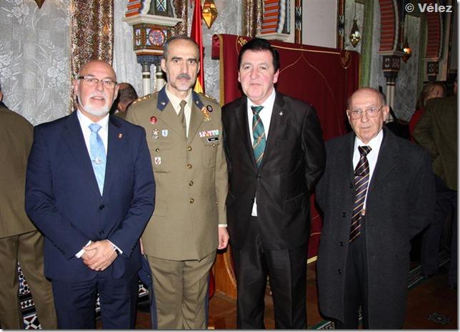 Con el coronel Blasco Cebolla, director músico de la Unidad de la Guardia Real