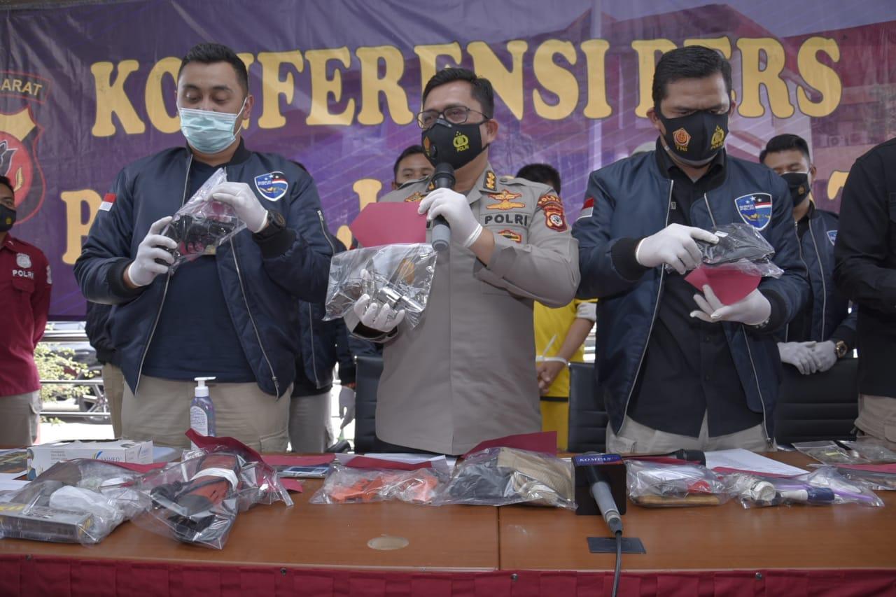 Polda Jabar Ringkus Penjual Senpi Ilegal Konversi Dari Airsoft Gun