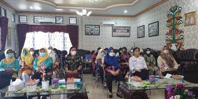 Since Sigit: Kaum Perempuan Harus jadi Wanita Tangguh di Era Milenial