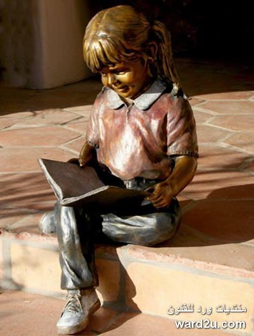 يوميات طفولة سعيدة فى منحوتات Marianne Caroselli