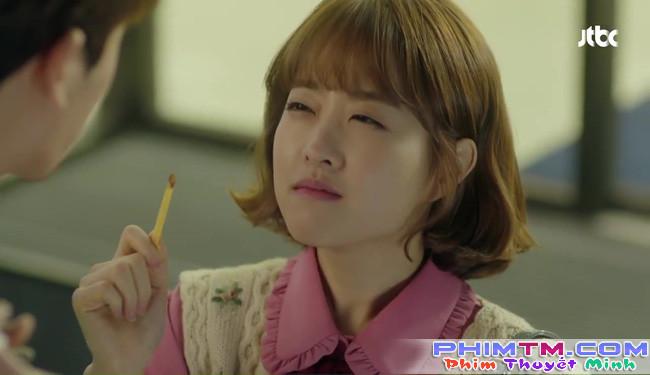 Park Hyung Sik tóe máu vì cứu Park Bo Young mà không biết vừa bị troll? - Ảnh 23.