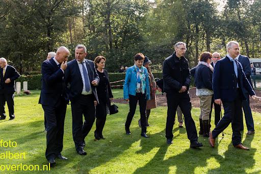 herdenkingsdienst  en een stille tocht naar het Engelse kerkhof 12-10-2014 (89).jpg