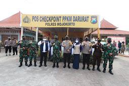 Check Point PPKM Darurat, Forkompinda Jatim Melakukan Pengecekan Pos Batas Jombang - Mojokerto