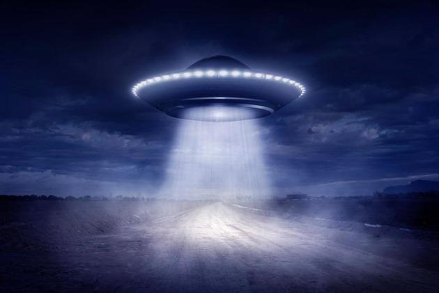 Resultado de imagem para Os Aliens Construiram as Pirâmides? (Completo Dublado) Discovery Science
