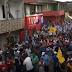 Candidato a prefeito de Porto Seguro promove 'arrastão' com aglomeração; veja vídeo