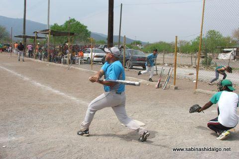 Raymundo Fernández de Cerveceros en el softbol del Club Sertoma