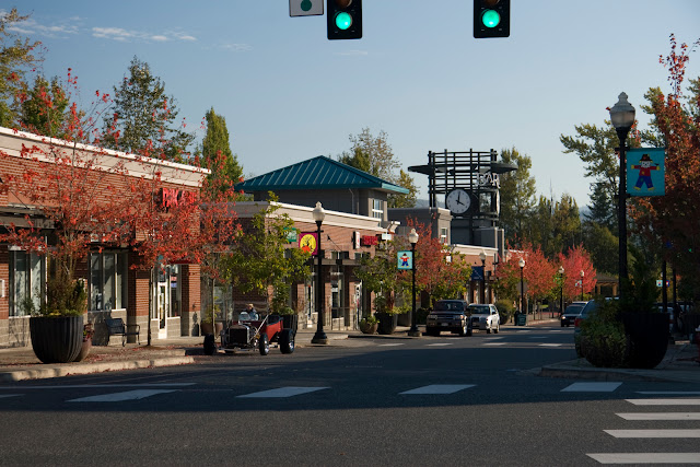 Enjoy shopping, working and living in Barkley, a 250-acre urban village in Bellingham.