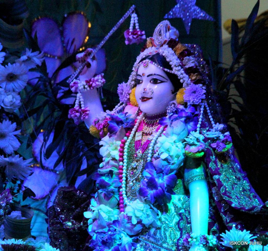 Sharad Purnima Deity Darshan on 16th Oct 2016 (10)