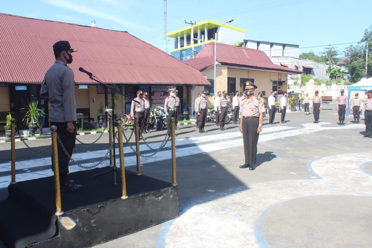 Kapolres Puji Pimpin Upacara Korps Raport Kenaikan Pangkat Personil Polres Soppeng