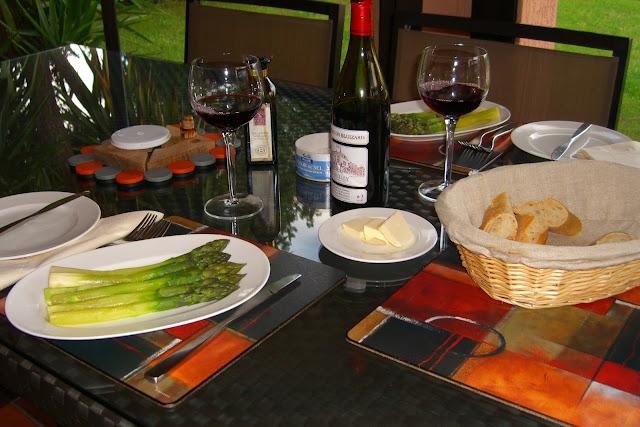 Le Grande Duc - Lunch.jpg