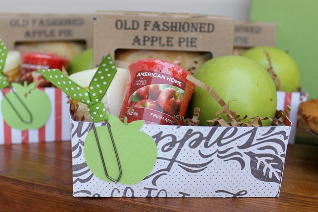apple pie treat boxes