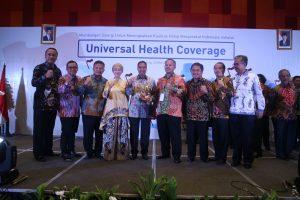 Presiden RI  Berikan Penghargaan  UHC JKN-KIS Award  Kepada Kota Cirebon