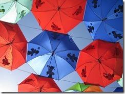 umbrellas-205386_640