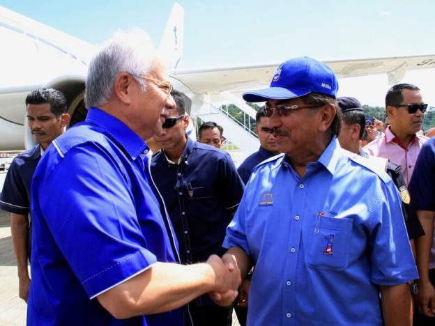 Pedih rasanya apabila Shafie tikam belakang, kata Najib