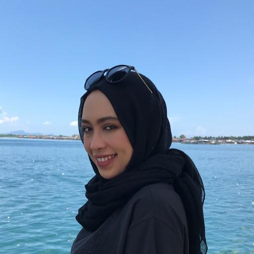 Amy Razdwan