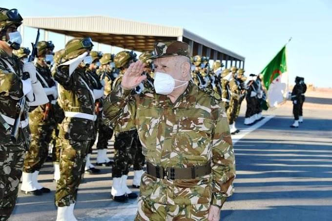 El jefe del Estado Mayor del Ejército de Argelia realiza una visita a Tinduf.
