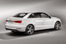 2014_Audi_A3_Sedan_3