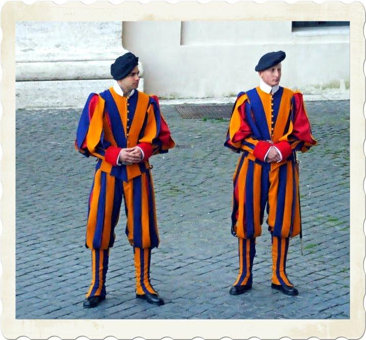 Swiss Guard Uniform,Papal Swiss Guards,Vatican City Guards,Vatican City