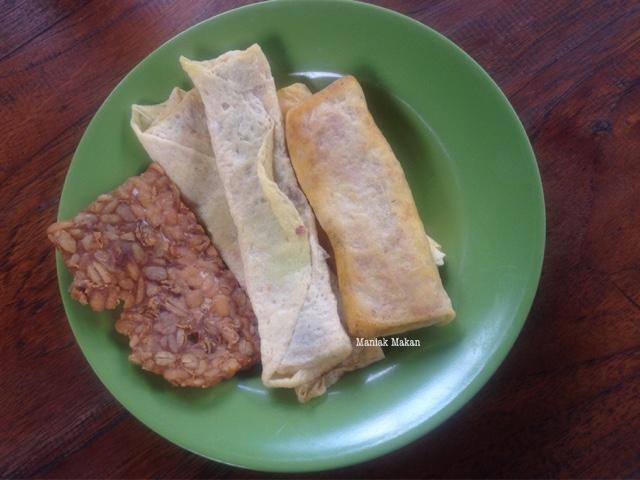 maniak-makan-soto-lamongan-cak-har-solo-makanan-pelengkap