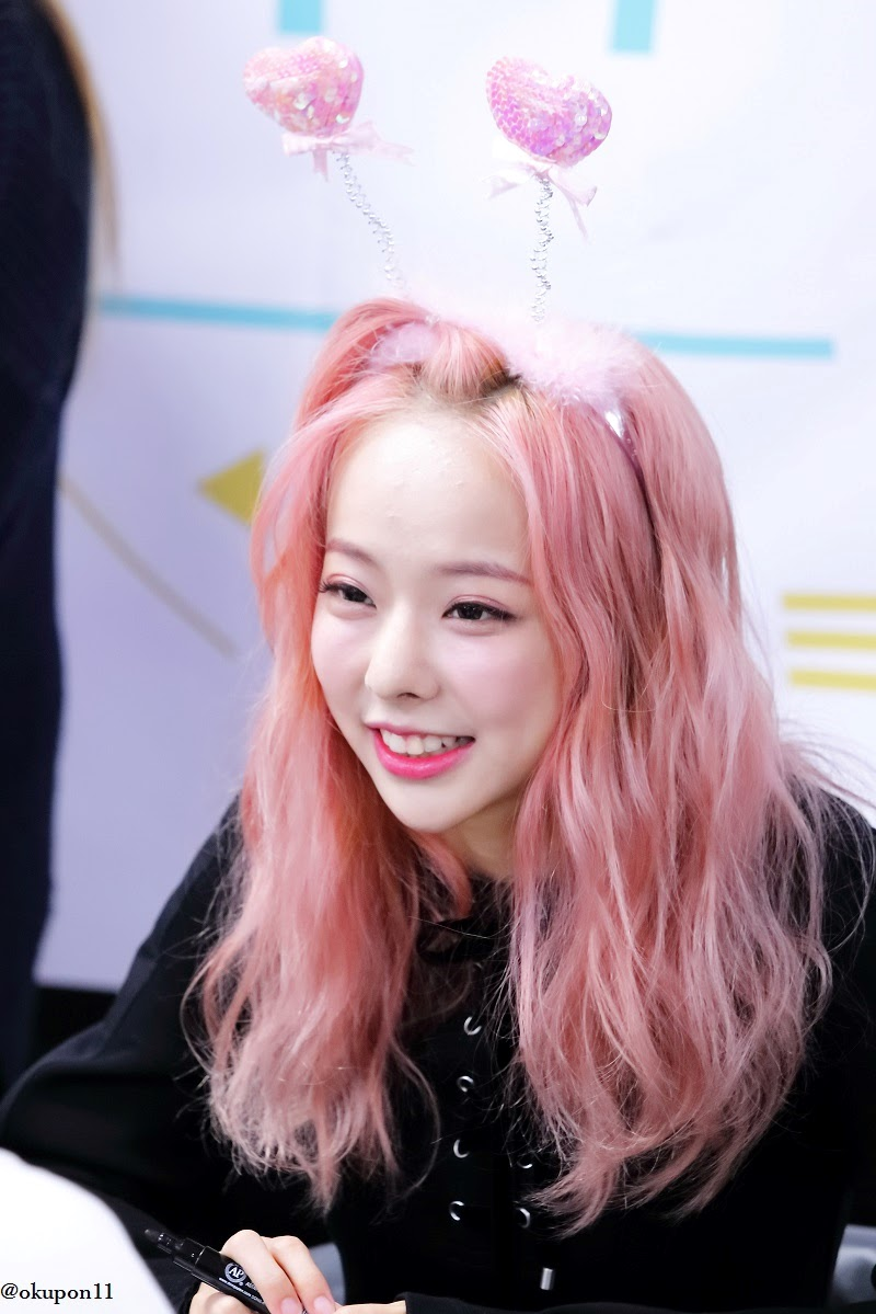 pink curly 26