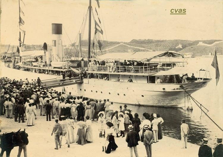 El MONTE TORO atracando en Mao. De la web Menorca Imatges d´en Primer.jpg