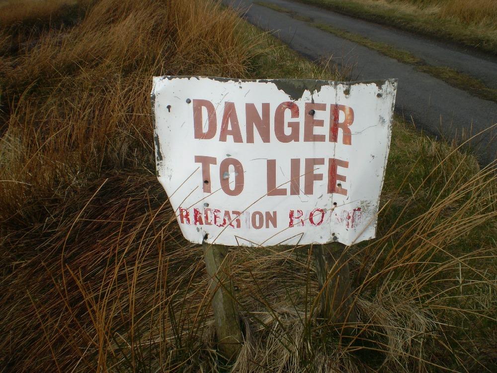 [danger+to+life%5B3%5D]