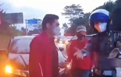 """Polisi Ribut dengan Aspri Pejabat PSSI di Penyekatan Bogor, """"Kamu dari Tadi Ngeyel"""""""