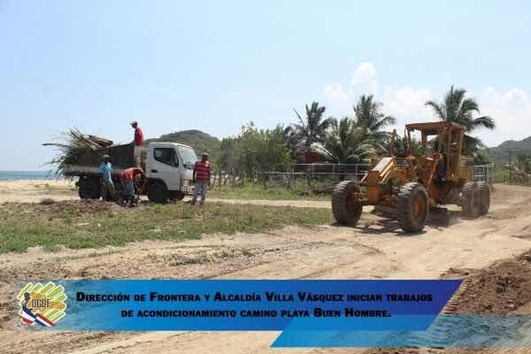 Dirección General de Desarrollo Fronterizo y la Alcaldía del municipio de Villa Vásquez inician trabajos de acondicionamiento camino playa buen hombre