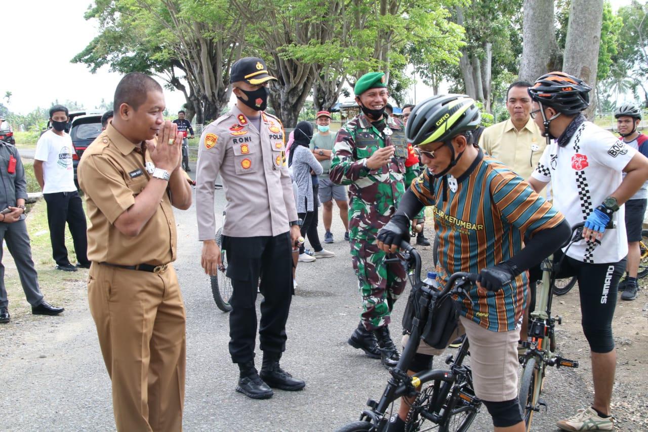PJS Bupati, Dandim 1423, dan Kapolres Sambut Kepala Perwakilan BPK Prov SulSel Gowes Keliling Kota Soppeng