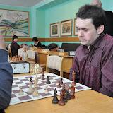 А. Дивиза - победитель по шахматам среди мужчин.